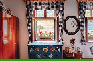How to get the Cottagecore look at home